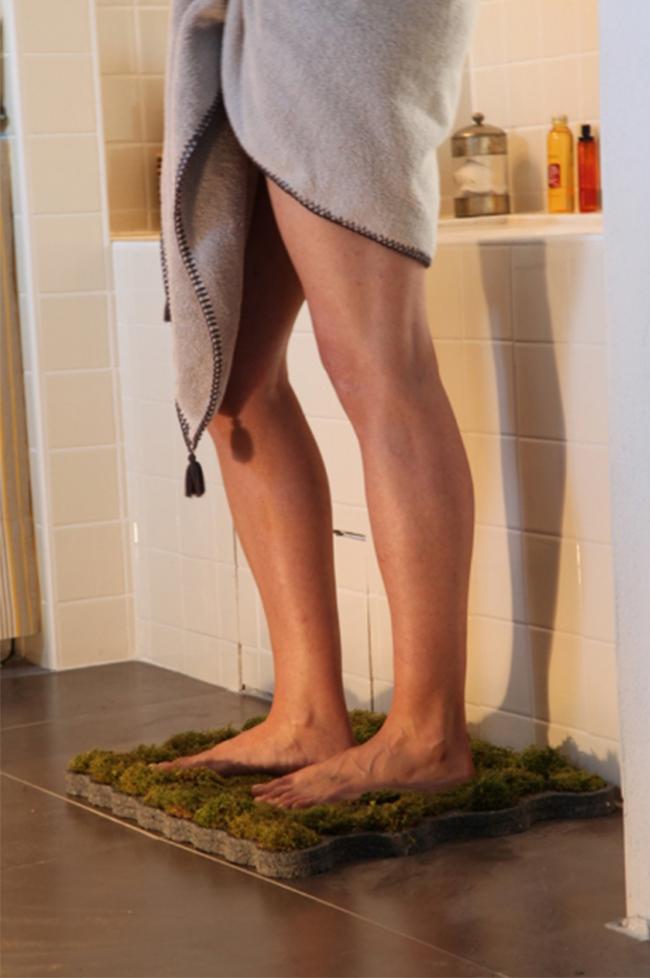 les accessoires de la salle de bain nature
