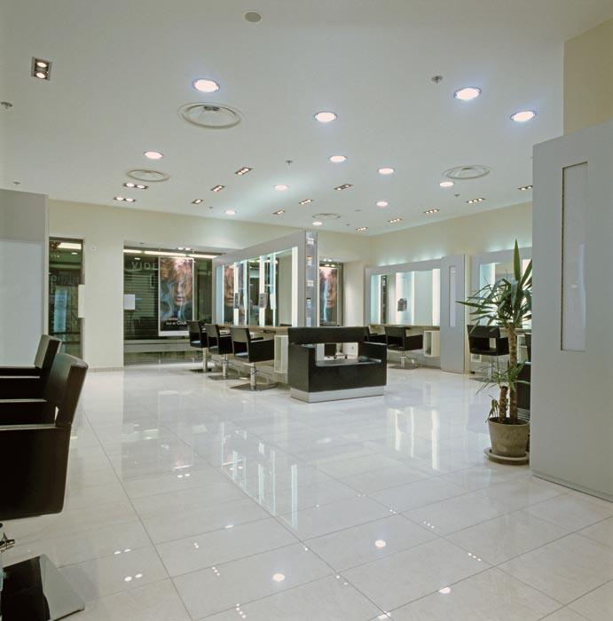 Carrelage pour Boutique Coiffeur Jean Louis David f00cb4dee7cd