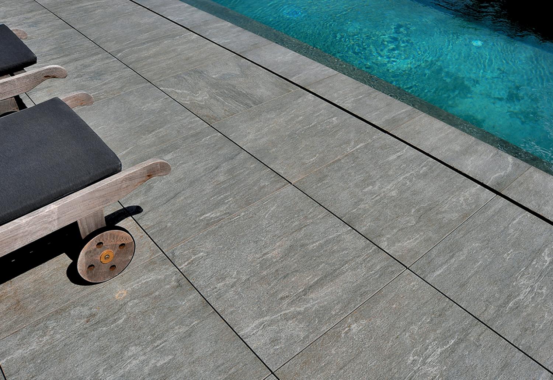 Dalle De Protection Piscine quel revêtement autour de la piscine ? les atouts du carrelage