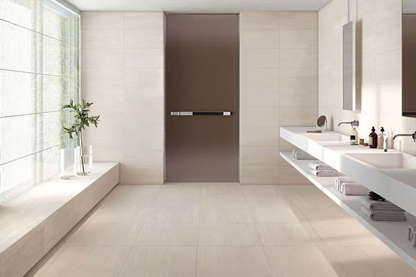 carrelage métallique salle de bain