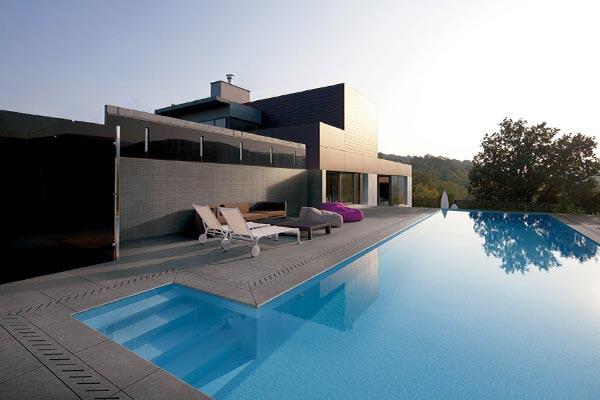 dalles carrelage piscine