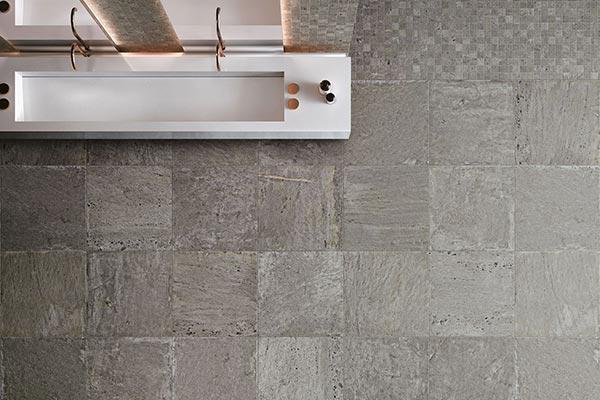 salle de bain carrelage aspect pierre